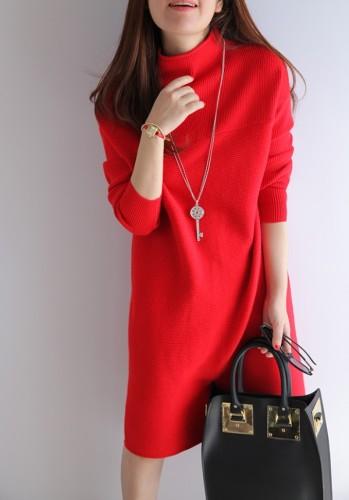Laisva raudonos spalvos megztinio tipo  suknelė S-L (VIN185_R)