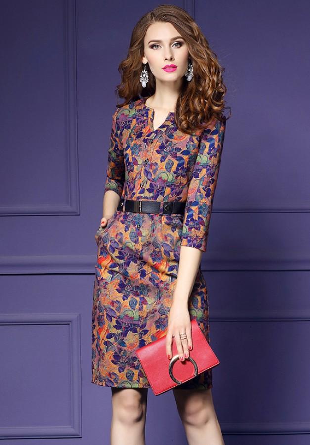 Geltonų, oranžinių, mėlynų raštų suknelė su juodu diržu 2XL  (VIN1240_1)