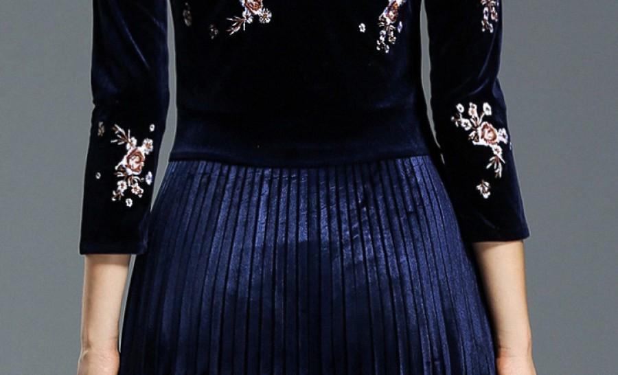 Mėlyna plisuota, siuvinėta aksominė suknelė S-2XL  (VIN1282_1)