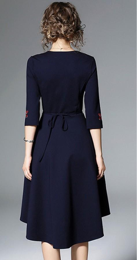 Mėlyna suknelė siuvinėta gėlėmis ir paukščiu S (VIN1289_1)