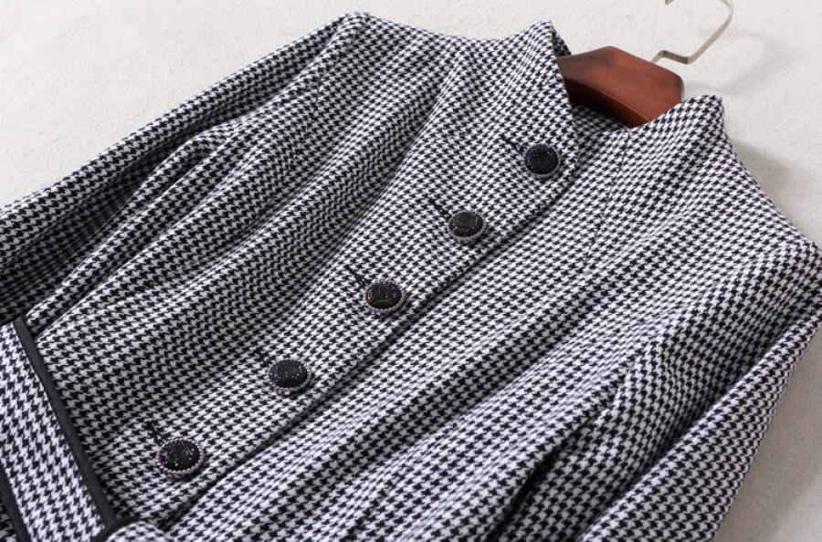 Smulkių langelių suknelė su sijono detalėmis S  (VIN1312_1)